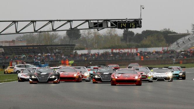 start kwalificatie race nogaro fia gt1 2012